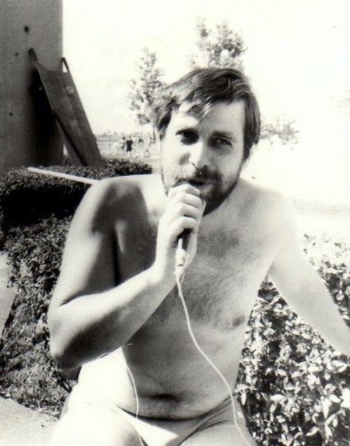 Bernburg Mueller mit Zahnbuerste