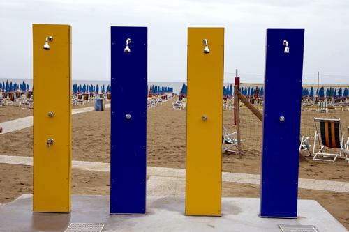 Duschen am Strand 500